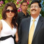 priyanka-chopra-s-father-hospitalized-c3a3b101