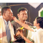brazilian-former-footballer-pele-kisses-the-hand-of-mamata-banerjee